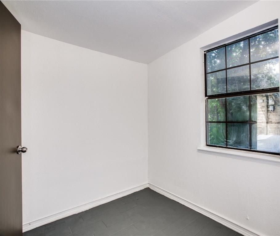 Sold Property | 7573 Christie Lane Dallas, Texas 75249 32