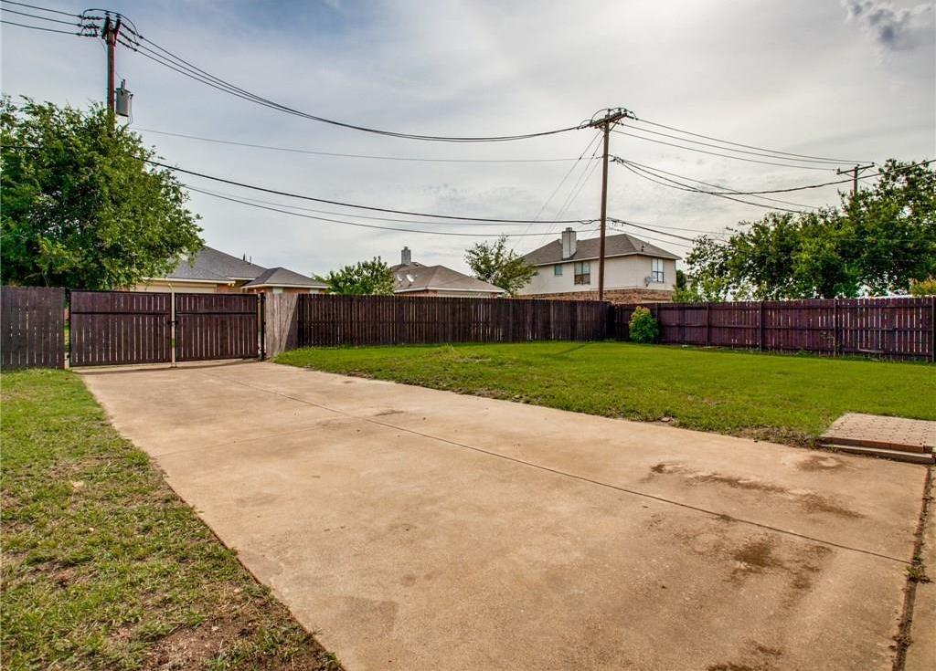 Sold Property | 7573 Christie Lane Dallas, Texas 75249 35