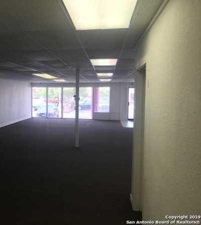 Active | 6858 Ingram Rd  San Antonio, TX 78238 4