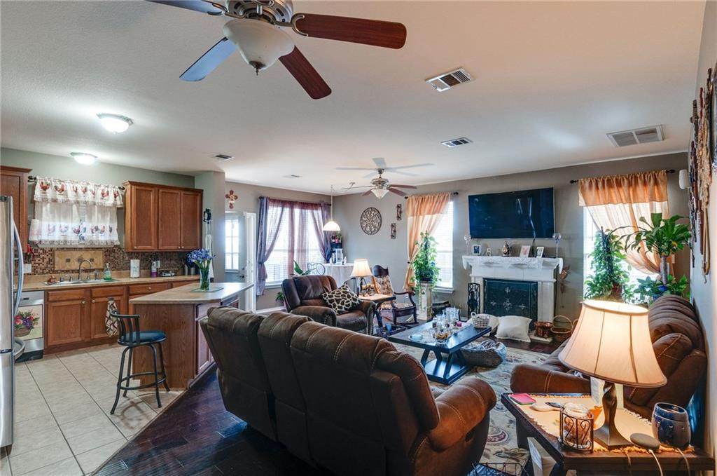 Sold Property | 13540 Leather Strap Drive Fort Worth, Texas 76052 12