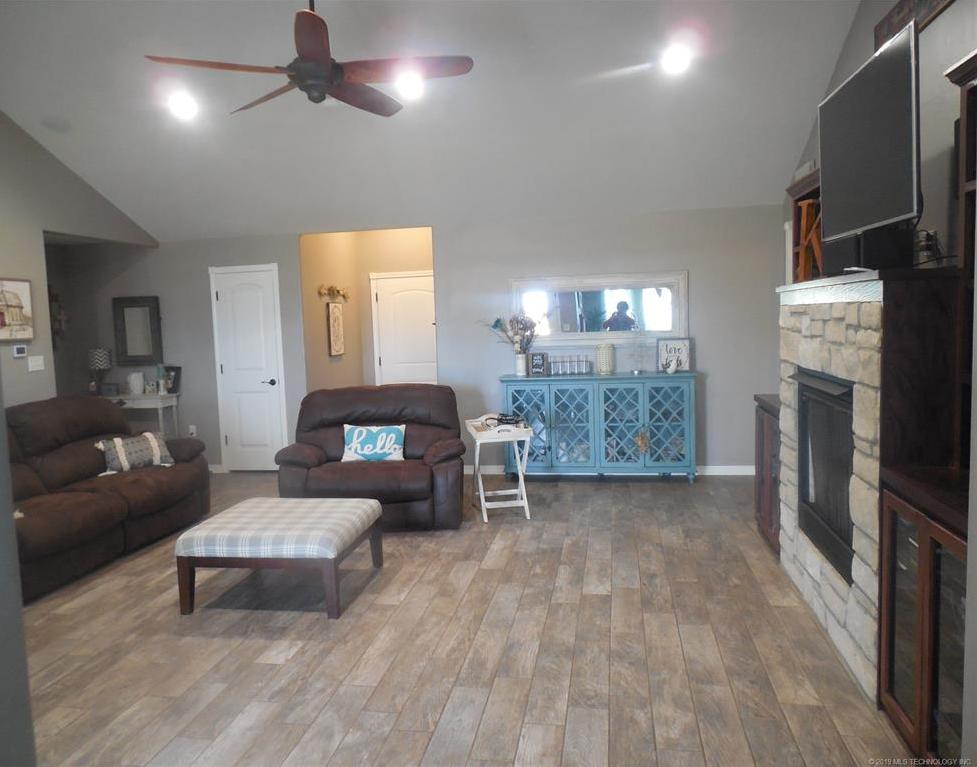 Off Market   13850 County Road 1567  Ada, Oklahoma 74820 6