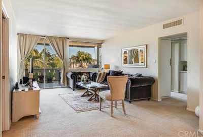 Pending | 103 Ravenna Drive #15 Long Beach, CA 90803 5