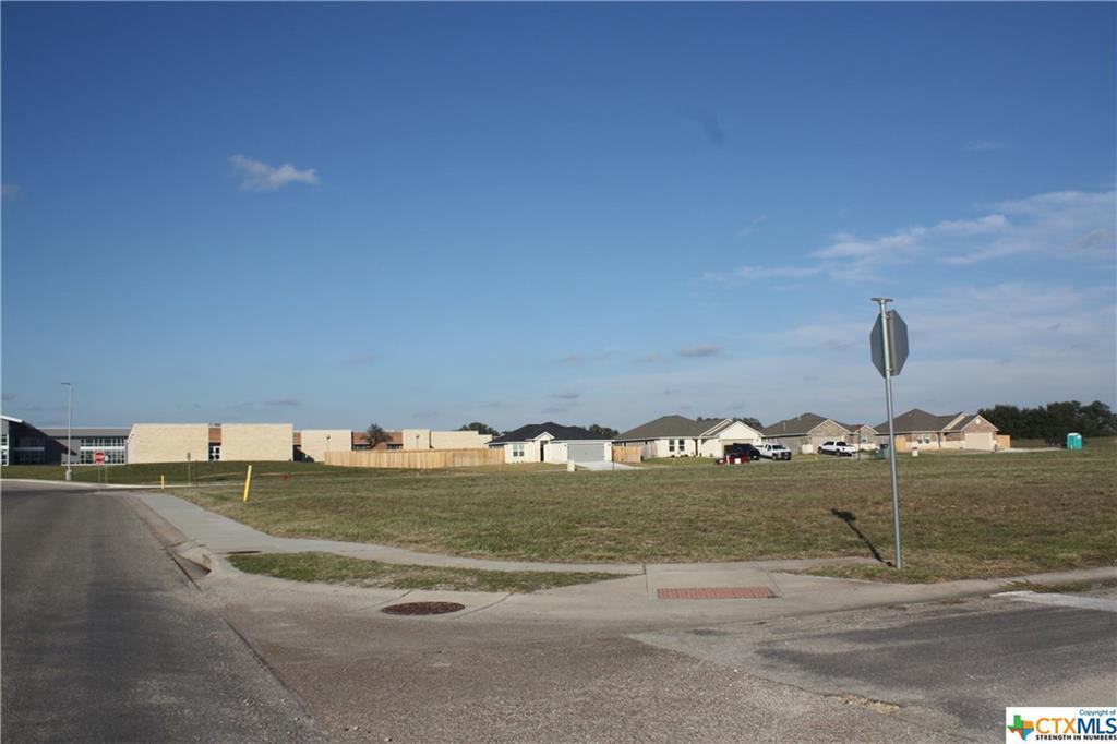 Active | 126 Boulder Ridge Drive Cuero, TX 77954 24