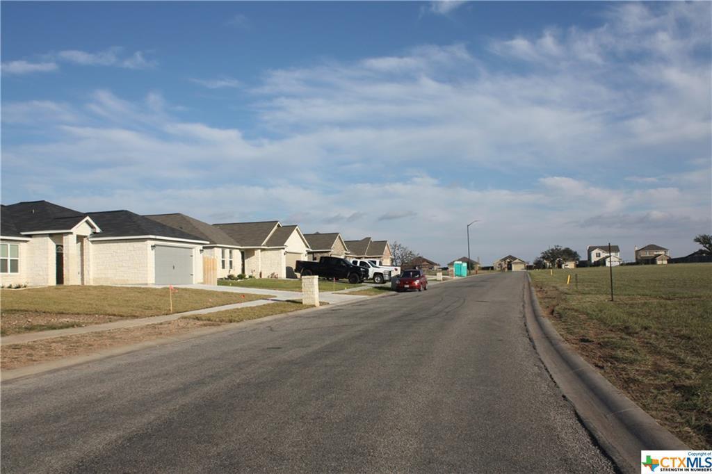 Active | 126 Boulder Ridge Drive Cuero, TX 77954 25
