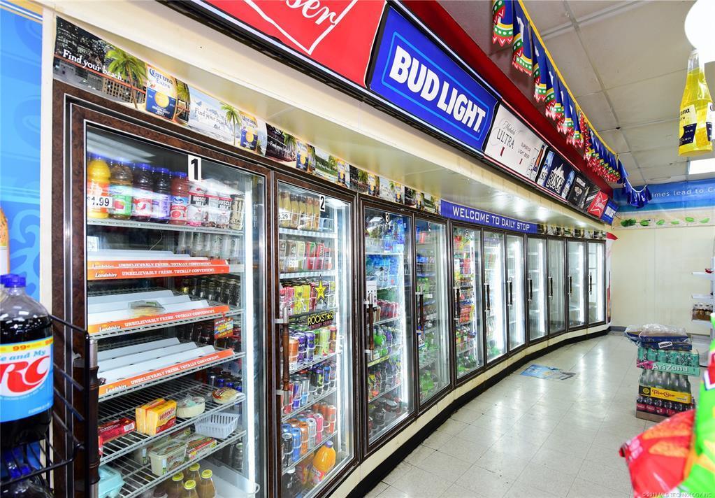 Off Market | 10550 E 11th Street Tulsa, Oklahoma 74128 10