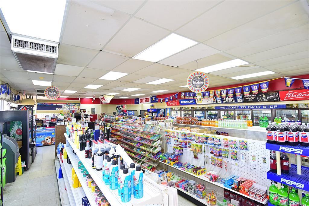 Off Market | 10550 E 11th Street Tulsa, Oklahoma 74128 5