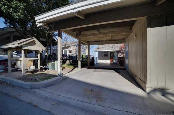 Active | 606 Villa Vista Drive Pryor, Oklahoma 74361 2