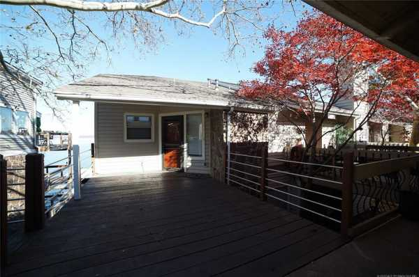 Active | 606 Villa Vista Drive Pryor, Oklahoma 74361 3