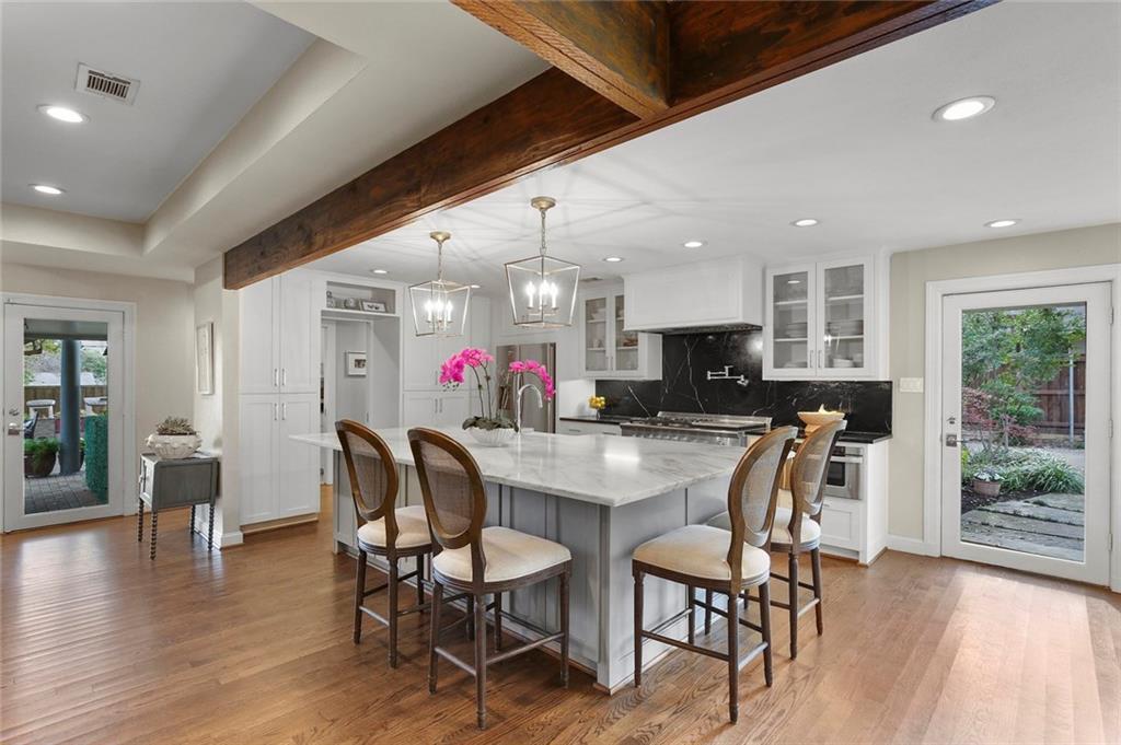 Dallas Real Estate | 7530 Overdale Drive Dallas, Texas 75254 13