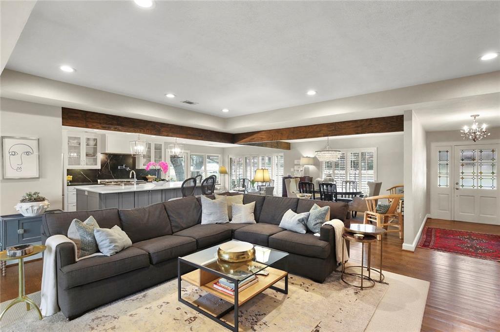 Dallas Real Estate | 7530 Overdale Drive Dallas, Texas 75254 5