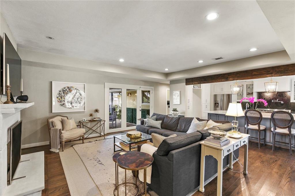 Dallas Real Estate | 7530 Overdale Drive Dallas, Texas 75254 6