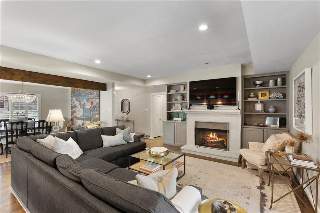 Dallas Real Estate | 7530 Overdale Drive Dallas, Texas 75254 7