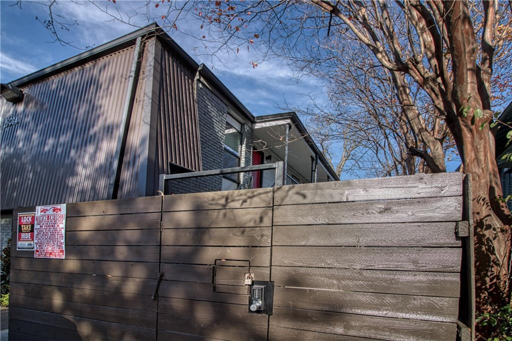 Leased | 3914 Bowser Ave Bowser Avenue #202 Dallas, Texas 75219-____ 13