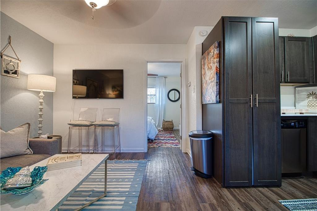 Leased | 3914 Bowser Ave Bowser Avenue #202 Dallas, Texas 75219-____ 4