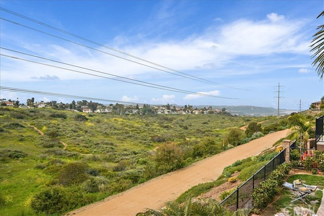Closed | 3423 Corte Panorama  Carlsbad, CA 92009 31