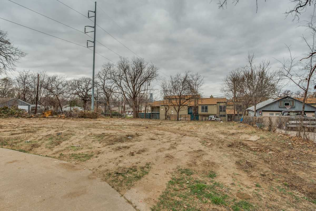 Sold Property | 2401 Hondo Avenue Dallas, Texas 75219 1