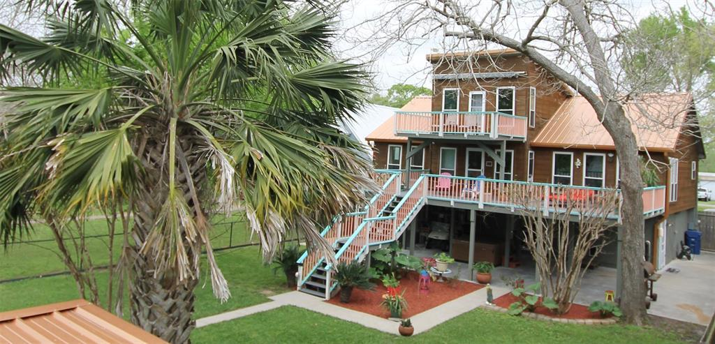 Waterfront, fishing, riverfront, beach home, dock, boating | 2010 County Road 243  Bay City, Texas 77414 1