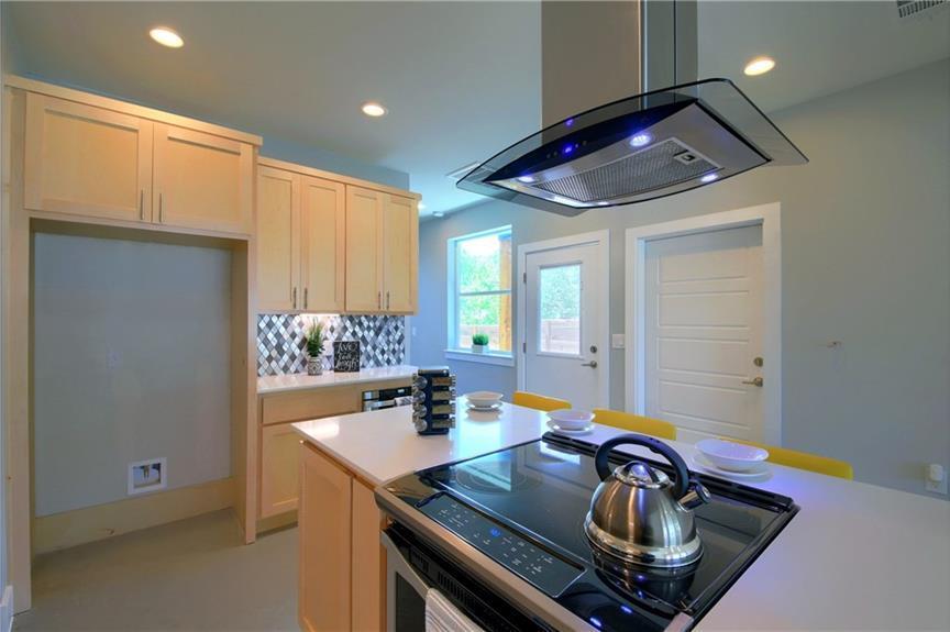Sold Property   7311 Providence ave #A Austin, TX 78752 18