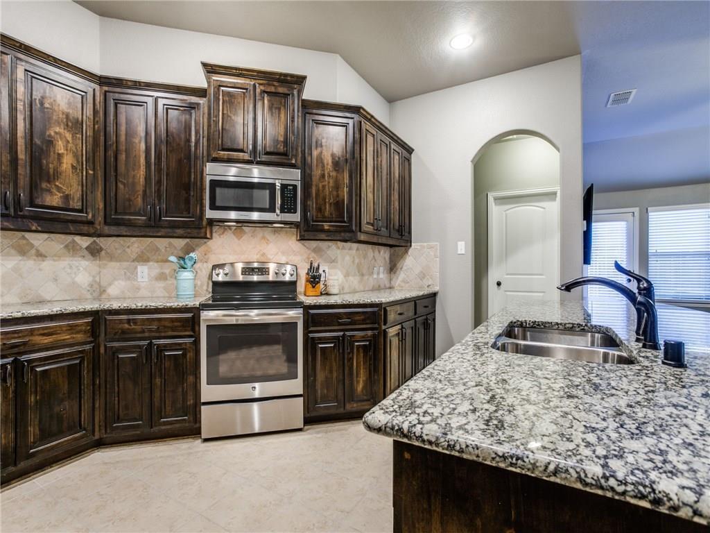 Sold Property | 1721 Fair Oaks Lane Royse City, Texas 75189 5