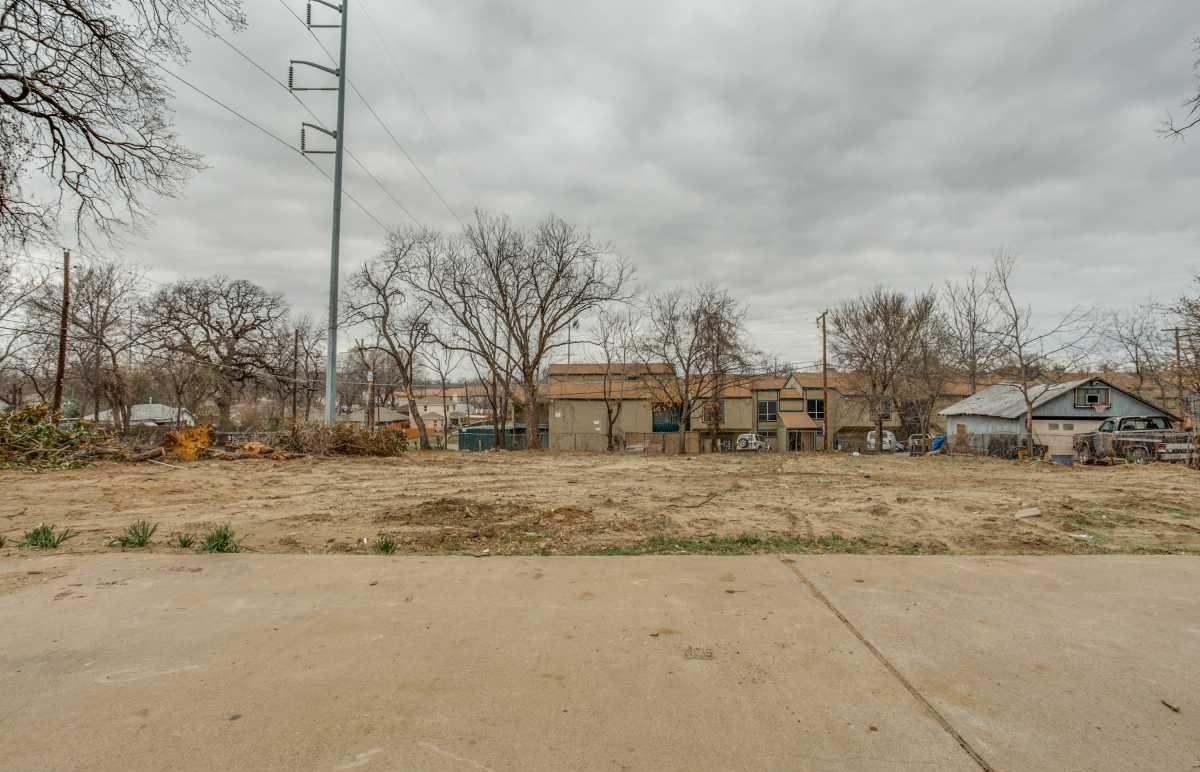 Sold Property | 2407 Hondo Avenue Dallas, Texas 75219 6