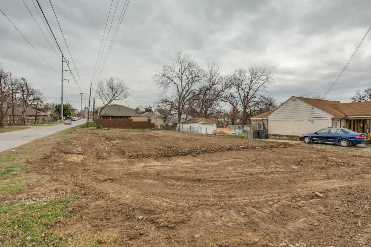 Sold Property | 2407 Hondo Avenue Dallas, Texas 75219 2