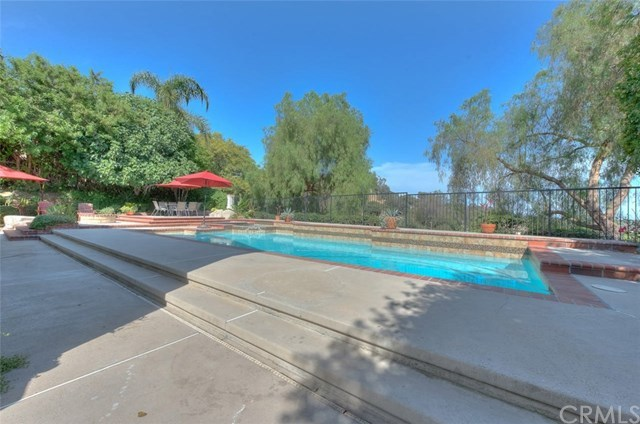 Closed | 1722 La Mancha Pomona, CA 91768 26