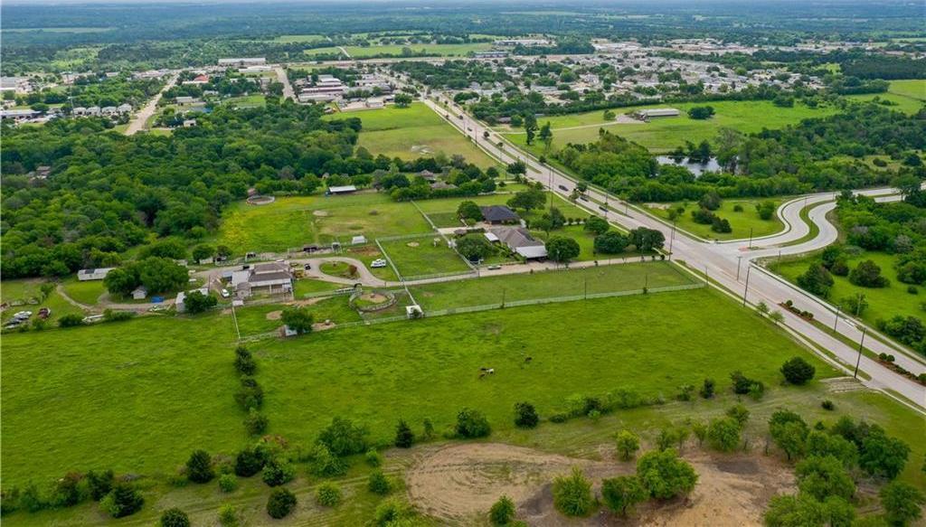 Sold Property | 900 E Parkerville Road DeSoto, Texas 75115 6