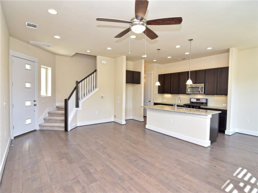 Leased | 9303 Cardinals Nest  LN Austin, TX 78729 2