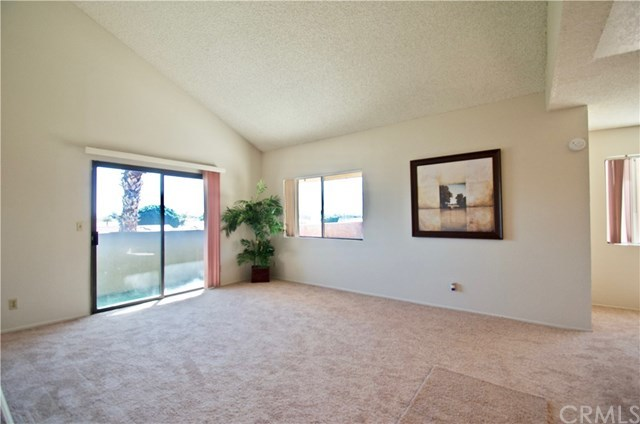 Closed | 32200 Cathedral Canyon Drive #104 Cathedral City, CA 92234 4