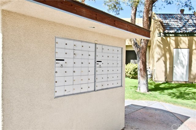 Closed | 32200 Cathedral Canyon Drive #104 Cathedral City, CA 92234 23