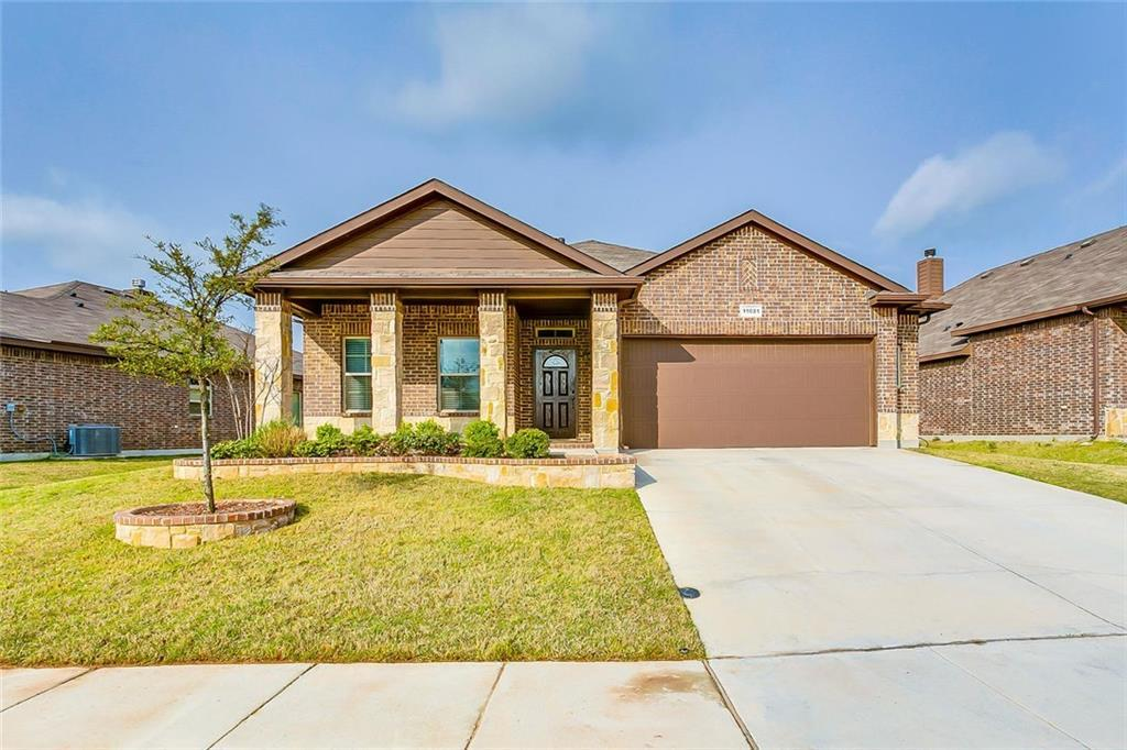 Sold Property | 11021 Erinmoor Trail Fort Worth, Texas 76052 1