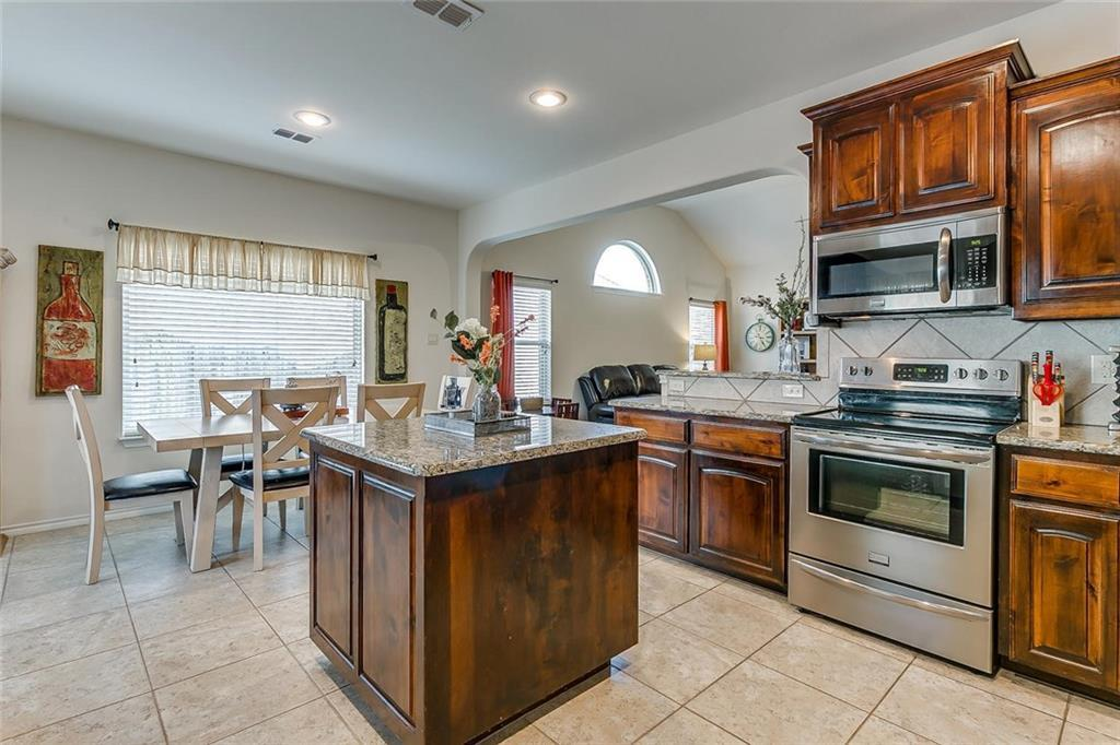 Sold Property | 11021 Erinmoor Trail Fort Worth, Texas 76052 12