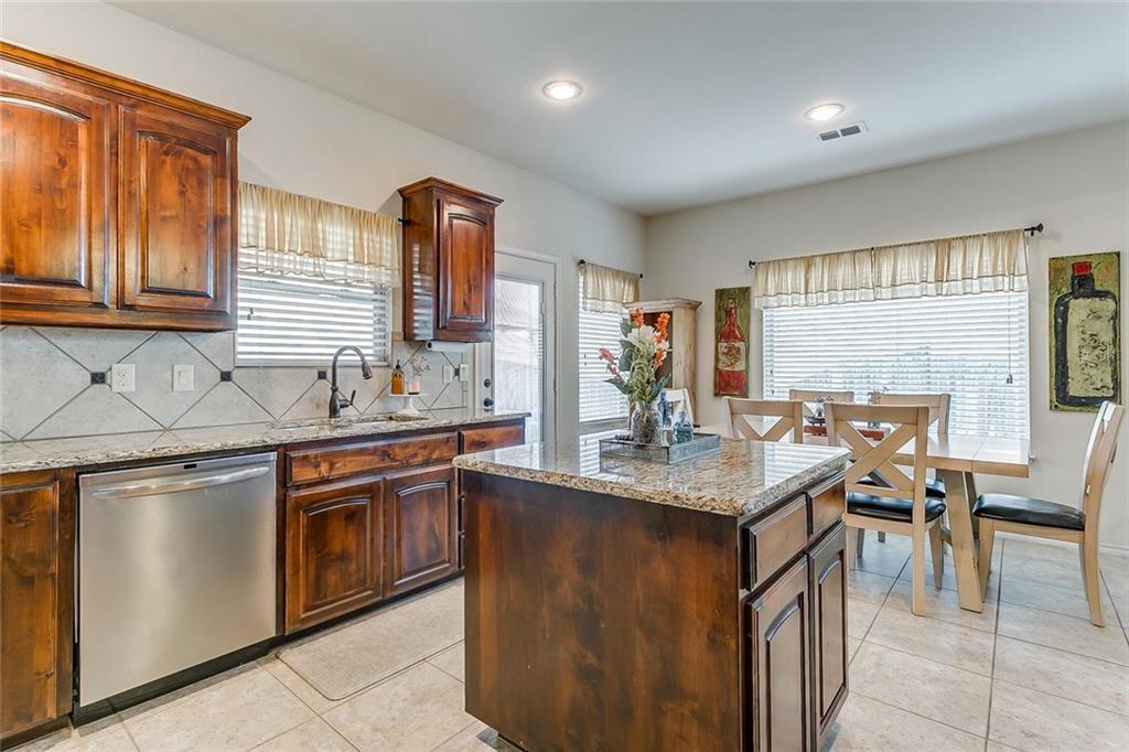 Sold Property | 11021 Erinmoor Trail Fort Worth, Texas 76052 14