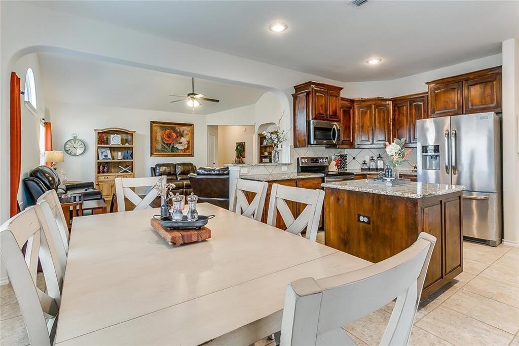 Sold Property | 11021 Erinmoor Trail Fort Worth, Texas 76052 16