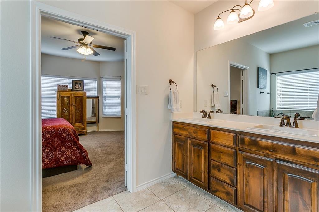 Sold Property | 11021 Erinmoor Trail Fort Worth, Texas 76052 23