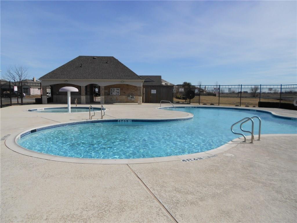 Sold Property | 11021 Erinmoor Trail Fort Worth, Texas 76052 36