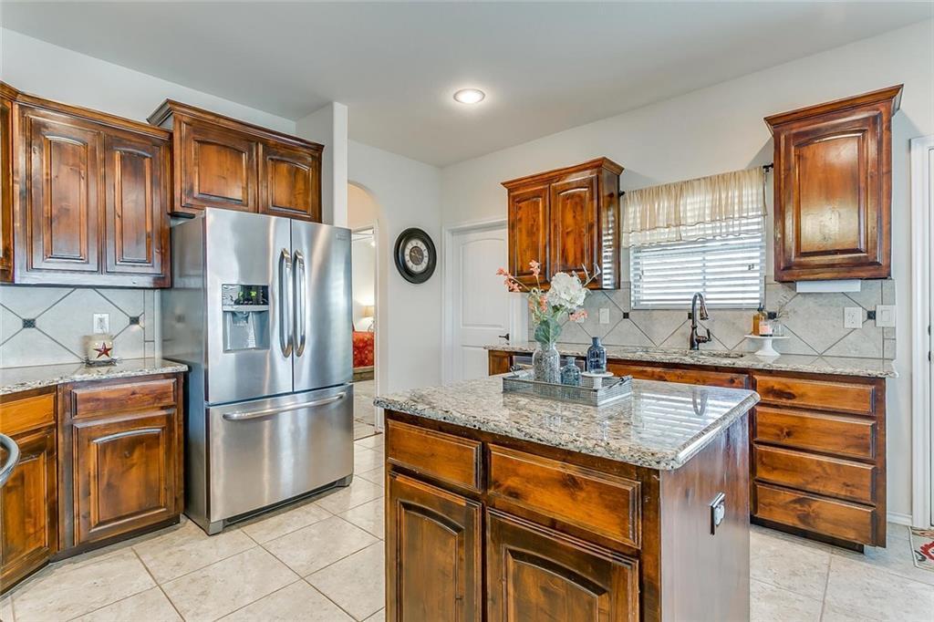 Sold Property | 11021 Erinmoor Trail Fort Worth, Texas 76052 10