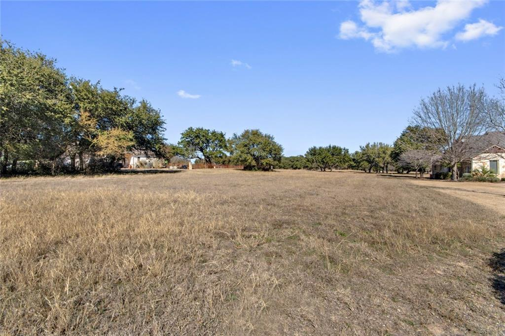 Pending | 26212 Masters parkway Spicewood, TX 78669 16
