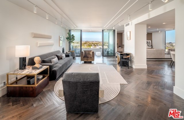 Active | 1100 ALTA LOMA Road #1404 West Hollywood, CA 90069 2