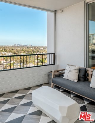 Active | 1100 ALTA LOMA Road #1404 West Hollywood, CA 90069 11