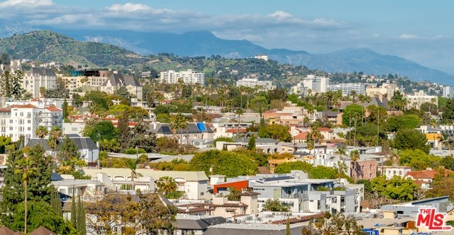 Active | 1100 ALTA LOMA Road #1404 West Hollywood, CA 90069 12