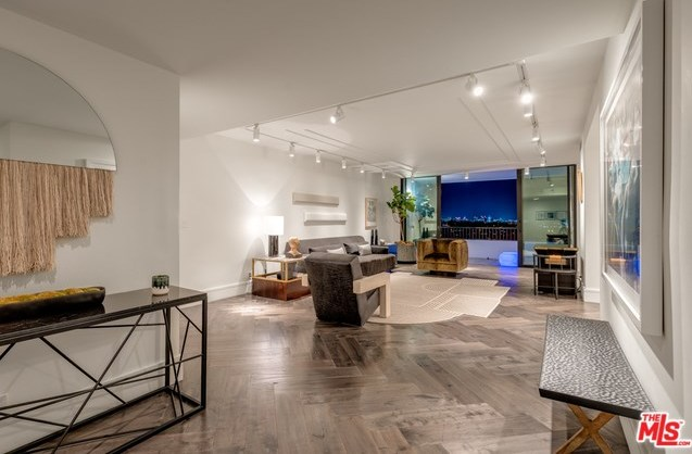 Active | 1100 ALTA LOMA Road #1404 West Hollywood, CA 90069 18