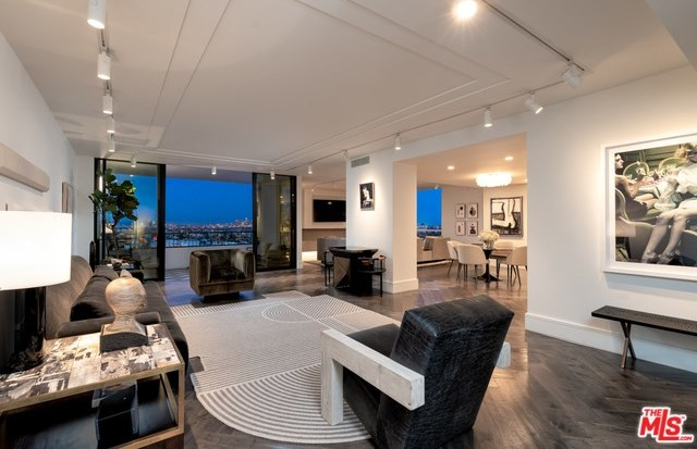 Active | 1100 ALTA LOMA Road #1404 West Hollywood, CA 90069 19