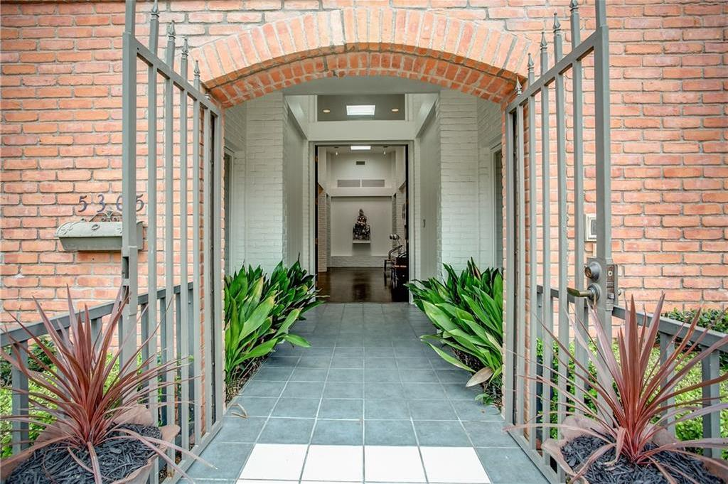 Sold Property | 5305 Collinwood Avenue Fort Worth, Texas 76107 0