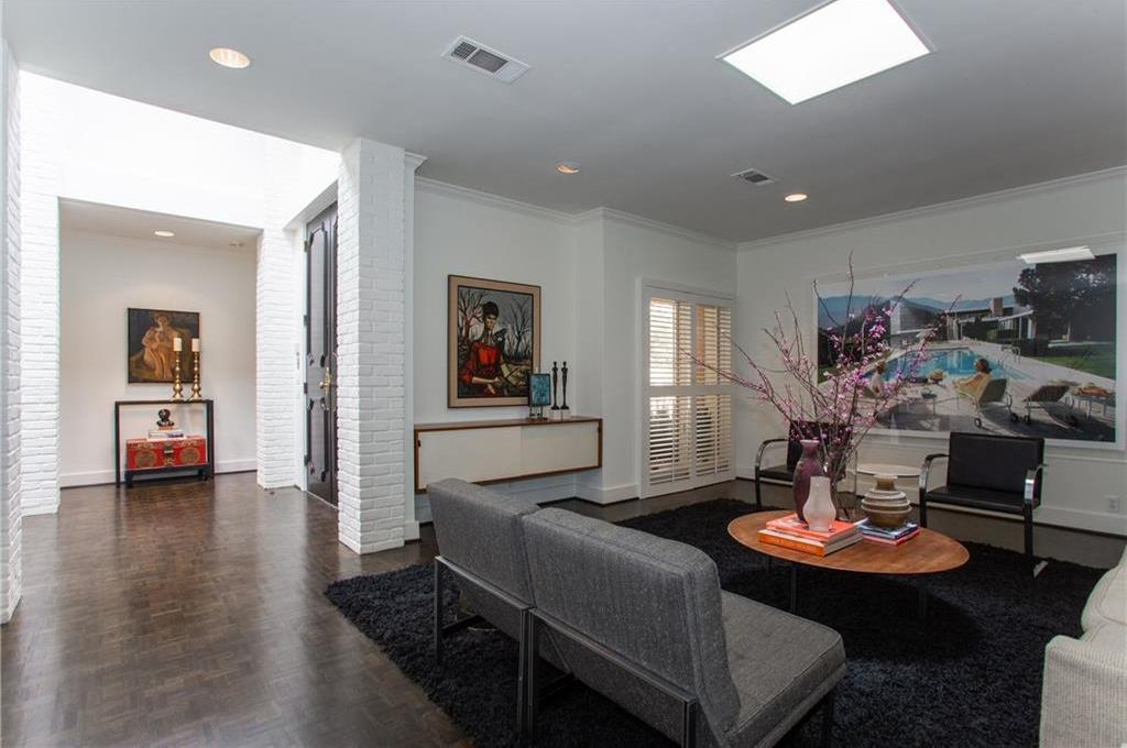 Sold Property | 5305 Collinwood Avenue Fort Worth, Texas 76107 4