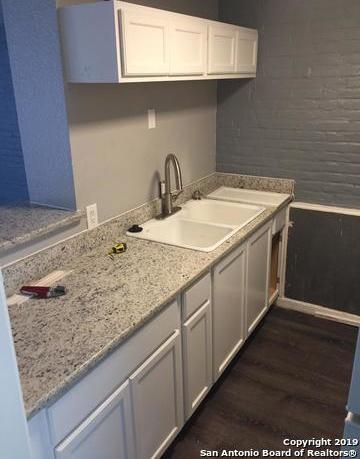 Property for Rent   408 IRA AVE  San Antonio, TX 78209 3