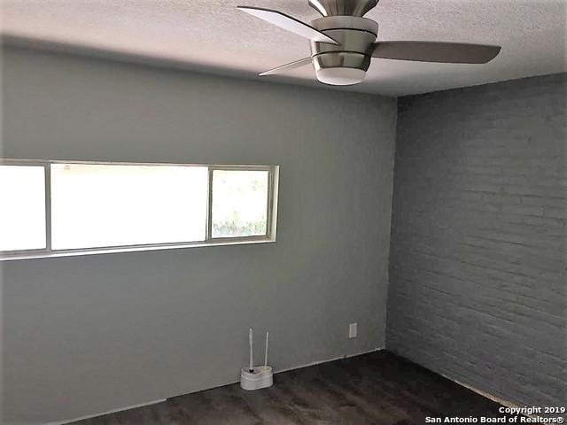 Property for Rent   408 IRA AVE  San Antonio, TX 78209 5