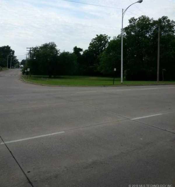 Active | 20 S Elliott Street Pryor, Oklahoma 74361 3