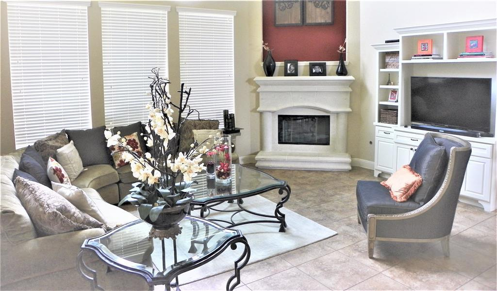 Active | 90 Wyndehaven Lakes Drive Katy, TX 77494 11