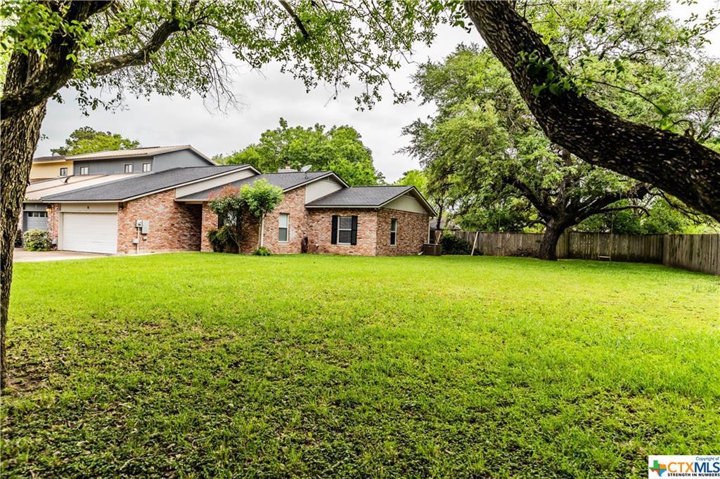 Sold Property | 9 Shannon Court  Cuero, TX 77954 2